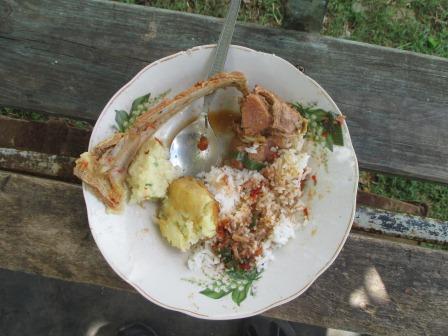 ヤギ料理の一皿