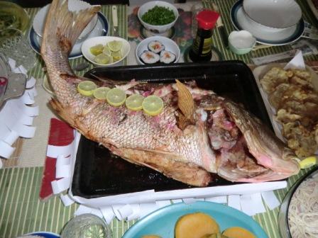 9/20にナンシーの家族から昼食の招待を受ける。大きな鯛が出てきた